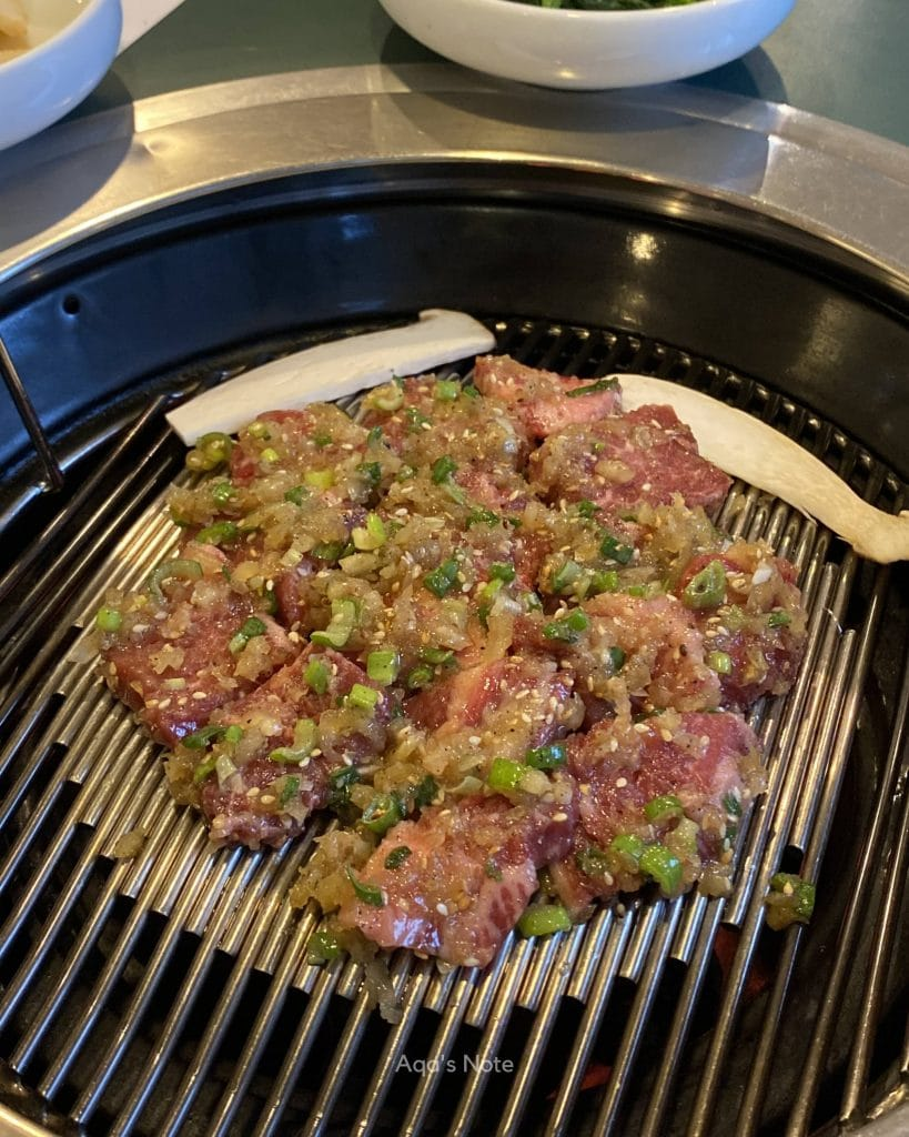 Chu Mul Luck (Charboiled marinated beef)