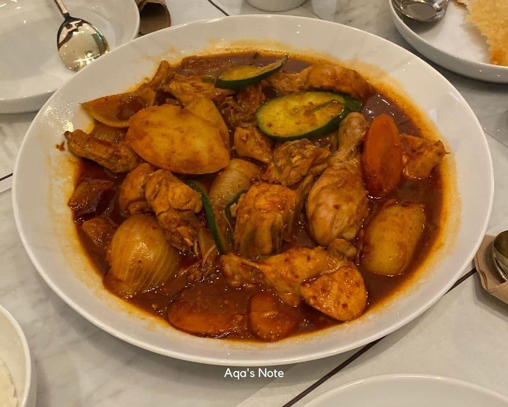 Bongchu Braised Chicken 1Utama